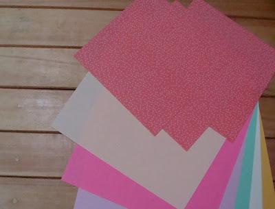 Kertas warna-warni bujur sangkar (bisa kertas lipat atau kertas fancy ...