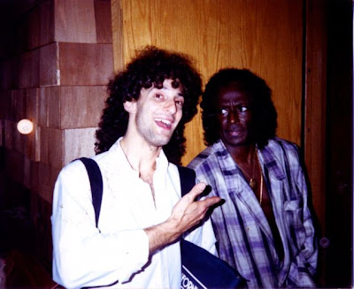 Miles Davis meets Kenny G