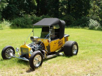[153179.1923.Ford.Model.T.Roadster]