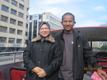 Ibu dan Ayah tercinta...