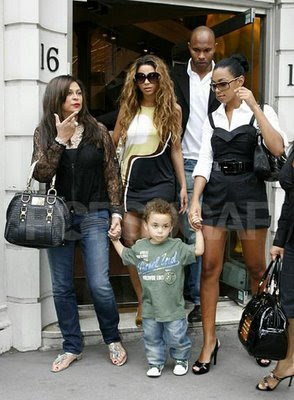 Beyonces Brothers And Sisters Life of an Upse...