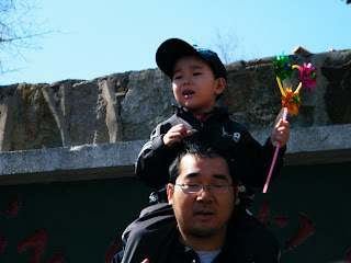 bright days, tour Longsha Park on a day after lunar Qingming festival - benzillar. 天下中帝 - riveryog, 旎宫嘉坊