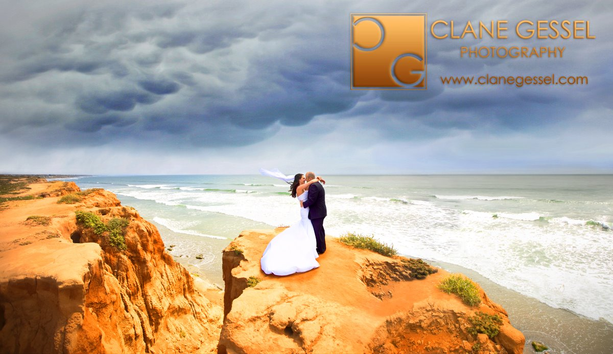 Wedding photography at the Carlsbad Cliffs by San Diego Wedding Photographer Clane Gessel.  Award-winning photography nationwide.  Southern California CA wedding photography.  socal san diego wedding photography.