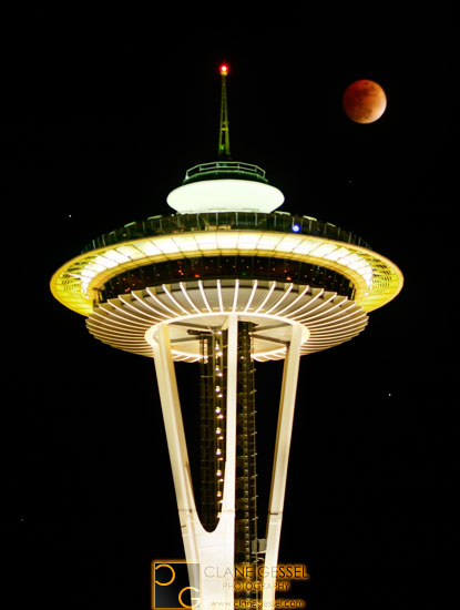 Lunar eclipse seattle, Space Needle lunar eclipse
