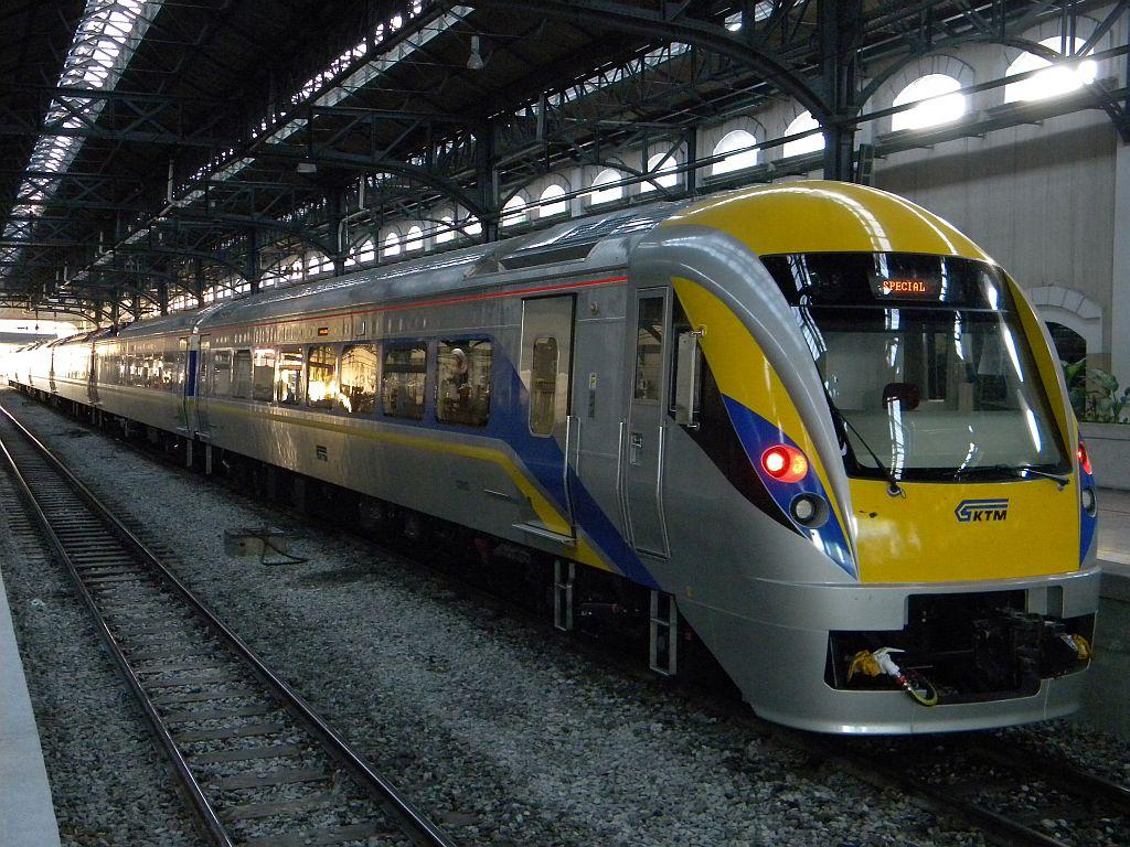 электропоезда hyundai для метро