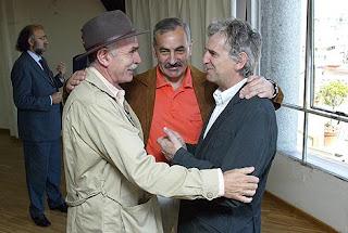 Los vicepresidentes del a Fundación Atapuerca, Juan Luis Arsuaga (D), José María Bermúdez de Castro (C) y Eudald Carbonell, presentan el libro. Ical
