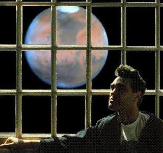 Sólo mediante photoshop Marte se ve tan grande como la Luna llena