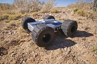Robots capaces de saltar obstáculos. Foto de Randy Montoya
