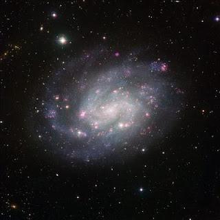 Una nueva imagen de NGC 300, una galaxia espiral similar a la Vía Láctea