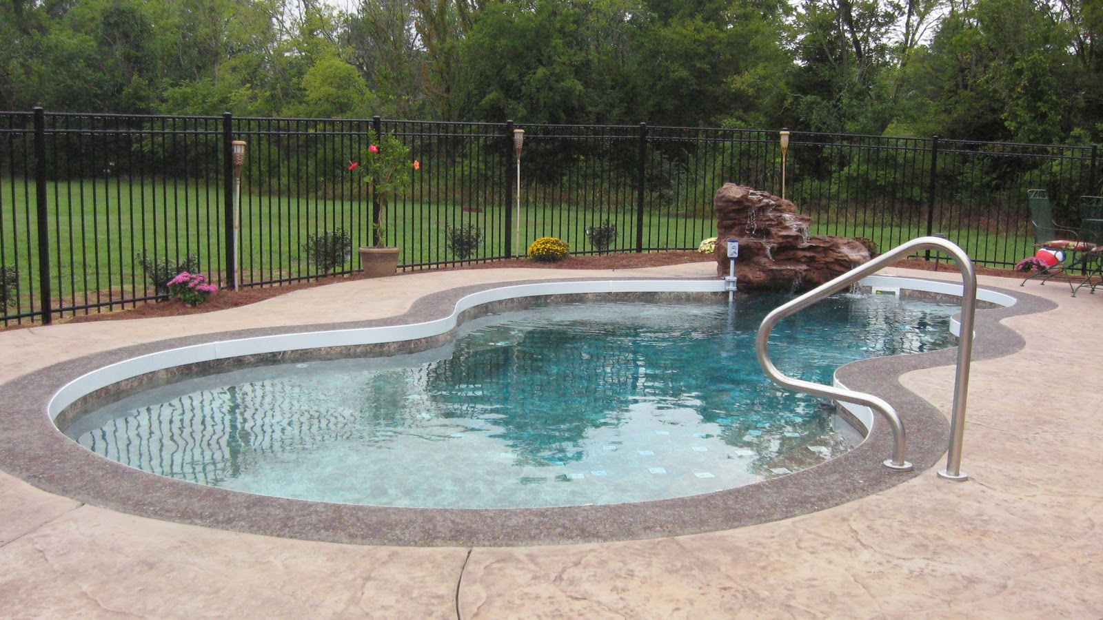 Fiberglass Pool Repair 360: Fiberglass Pool Concrete Coping