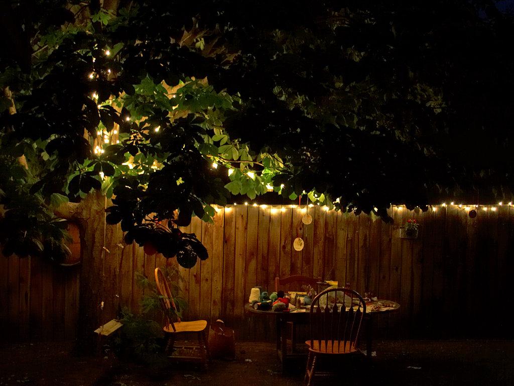 Backyard Parties At Night : backyardtableatnightjpg