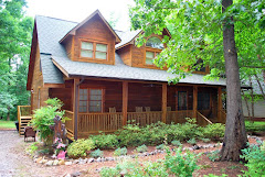 Mooresville Log Home on over an acre