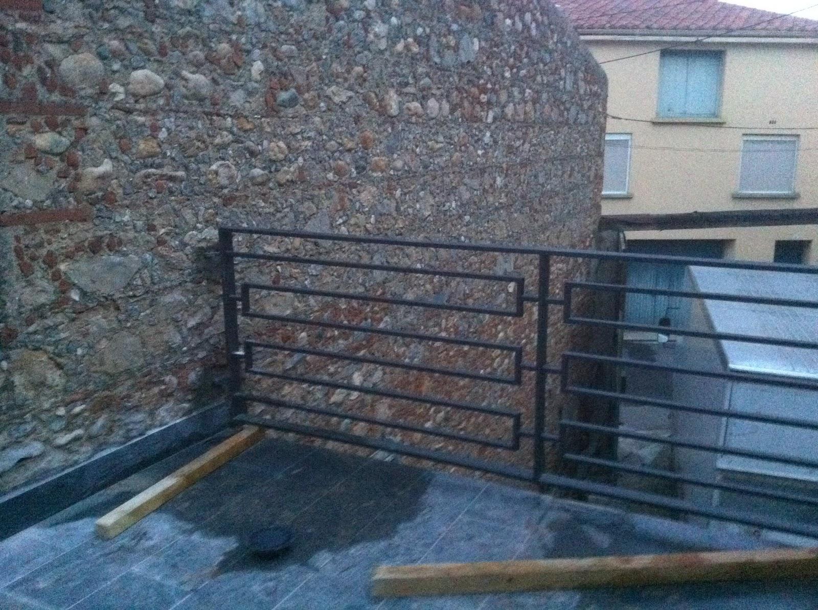 Rambarde terrasse porte fen tre salon for Rambarde fenetre