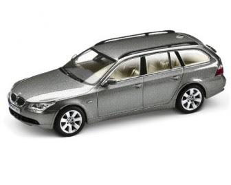 miniature BMW 5 Touring Silver Grey