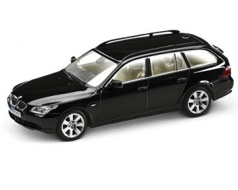 BMW 5 Series Touring Black miniature