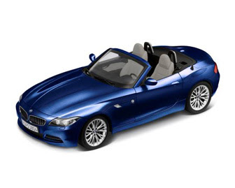 miniature Roadster BMW Z4 blue