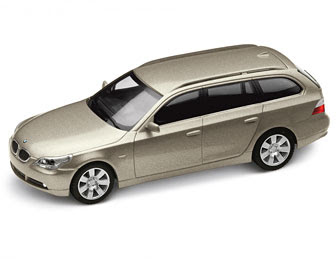 BMW 5 Series touring Olivin miniature