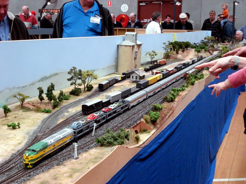 Wallendbeen Australia  City new picture : South Bend was a N scale layout based on US prototype. The layout is 7 ...