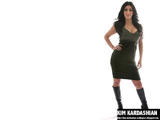 Kim Kardashian Boots Wallpaper
