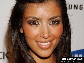 Kim Kardashian Face Wallpaper