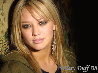 Hilary Duff Little Girl Face Wallpaper
