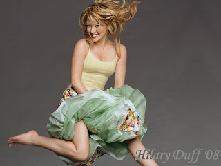 Hilary Duff Jumping Wallpaper