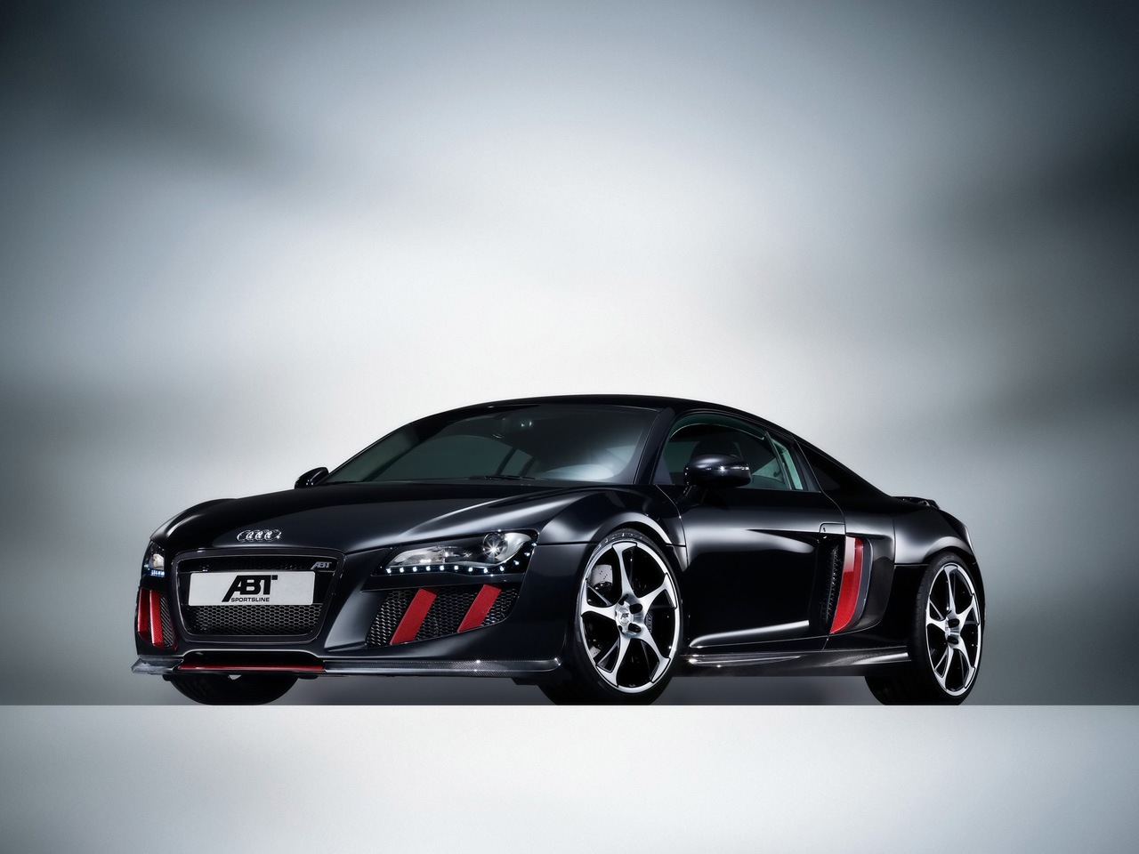 Luxury Cars Audi R8