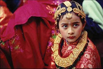 尼泊爾 活女神 - 尼泊爾 處女神