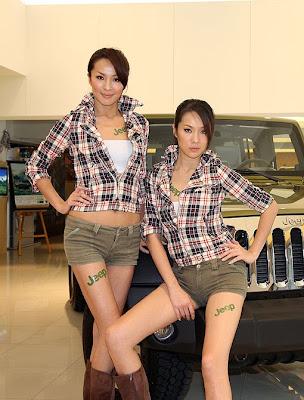 雙胞胎名模 - 雙胞胎名模張珈禎、張珈瑜