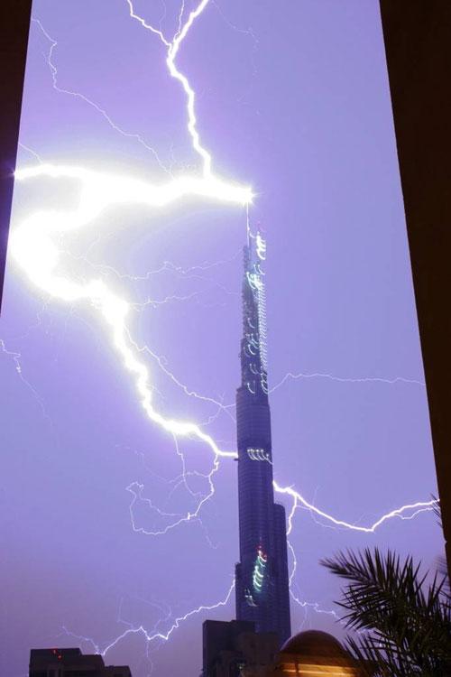 [Thunder-Lightning02.jpg]