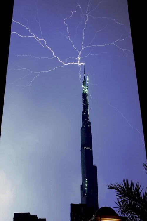 [Thunder-Lightning01.jpg]
