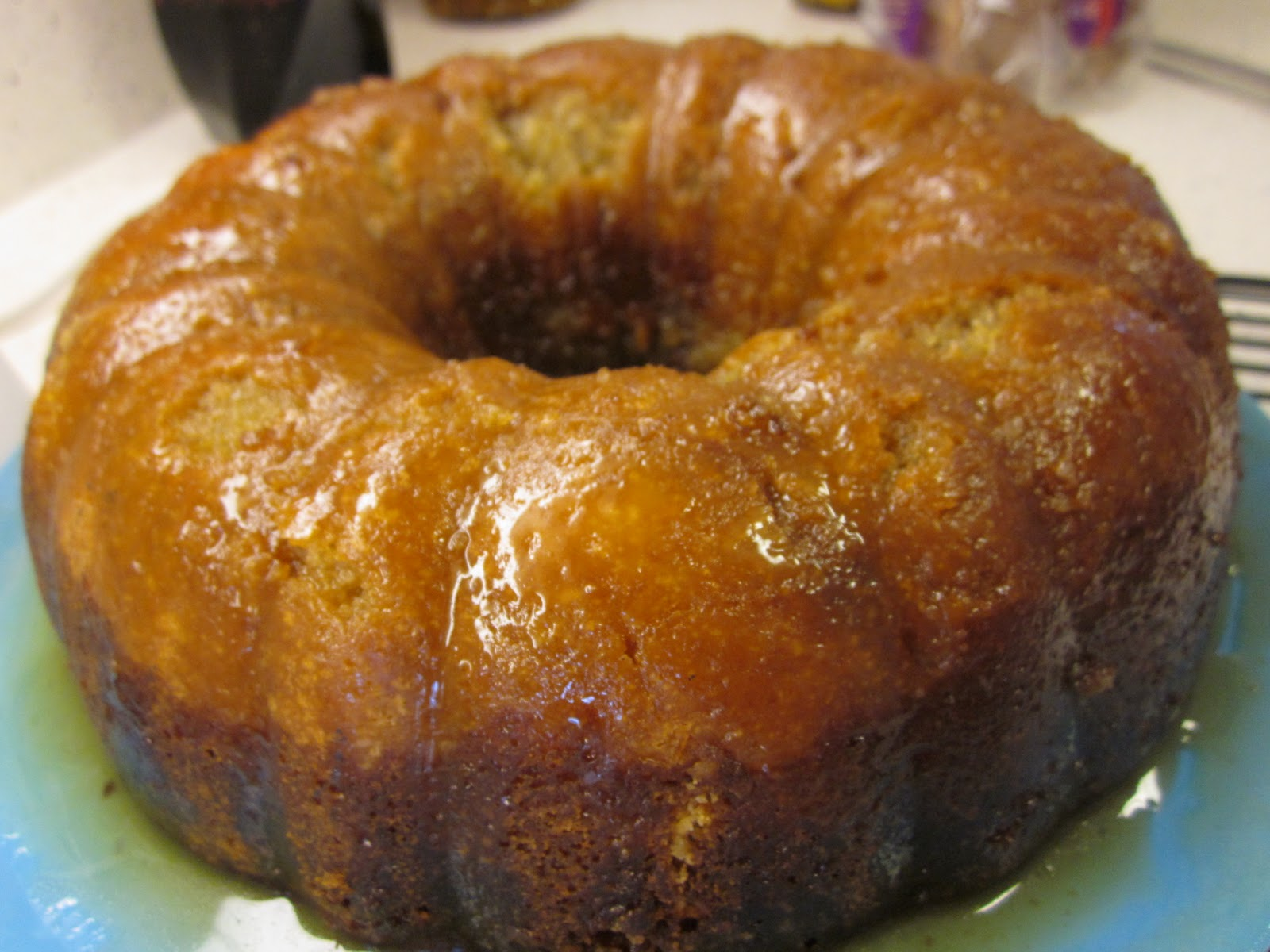 ... Marvelous Munchies: Pecan Molasses Bundt Cake with Bourbon Glaze