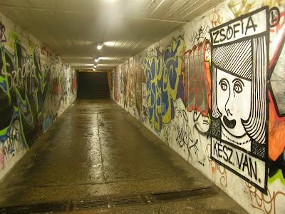 Budapest, aluljáró, Hungária körút, Hungary, Magyarország, street-art, Budapest, public art, graffiti, aluljáró, Görög eredetû, a Szophia névbõl, Zsófia, Név jelentése: Bölcsesség, Naptári napok: Szeptember 17.