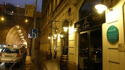 tapas bar, budapest, Alagut