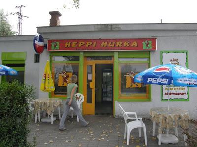 falatozó, Heppi Hurka, Pesti út, pizzéria, Budapest, XVIII. kerület, külváros