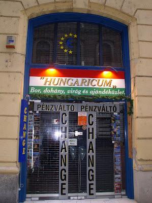 hungaricum,  pénzváltó, vegyesbolt, Budapest, V. kerület, Váci utca, belváros, Hungary, change office