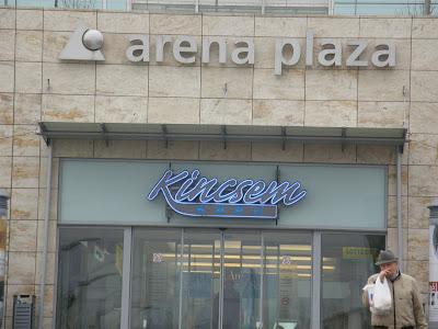 Aréna Pláza, Kerepesi út
