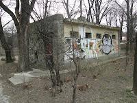 XII. kerület, Városmajor, klozett, wc, worst of Budapest, nyilvános wc, elhagyatott romok, slózi, wc, toalett, toilet, Hungary, Magyarország, Ungarn, Városmajor, par