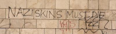 Hungary, nazi, náci, skins, graffiti, falfirka, Budapest, III. kerület, Óbuda, Magyarország, szkinhed, skinhead, Nazi skins must die