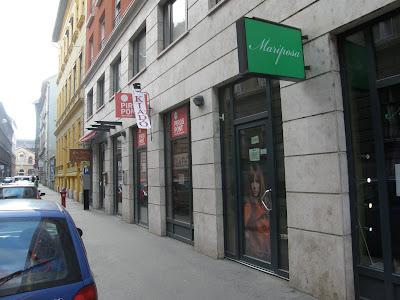 Budapest, Erkel Ferenc utca, Ferencváros, IX. kerület, MSZP, Piros Pont Iroda