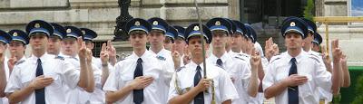 rendőrtisztek, eskű, avatás, I. kerület, Oroszlános udvar, Királyi Vár, Budavár, rendőr, Várnegyed