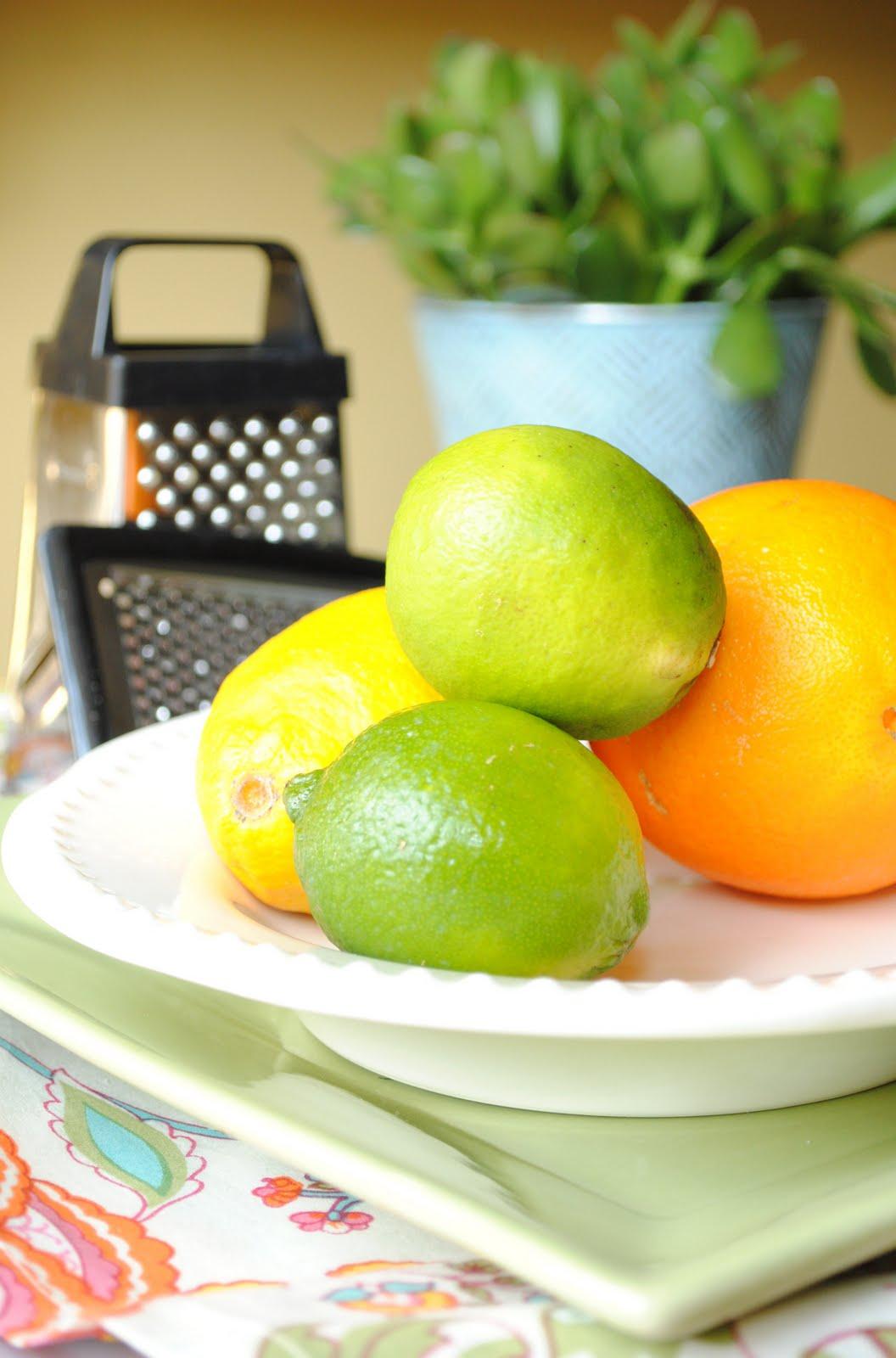 http://1.bp.blogspot.com/_DCOTj4PKf14/TJOtKpqBMDI/AAAAAAAACWg/7zb1bp_bjyM/s1600/%7BTips+and+Tricks%7D+Zesting+Fruit.JPG
