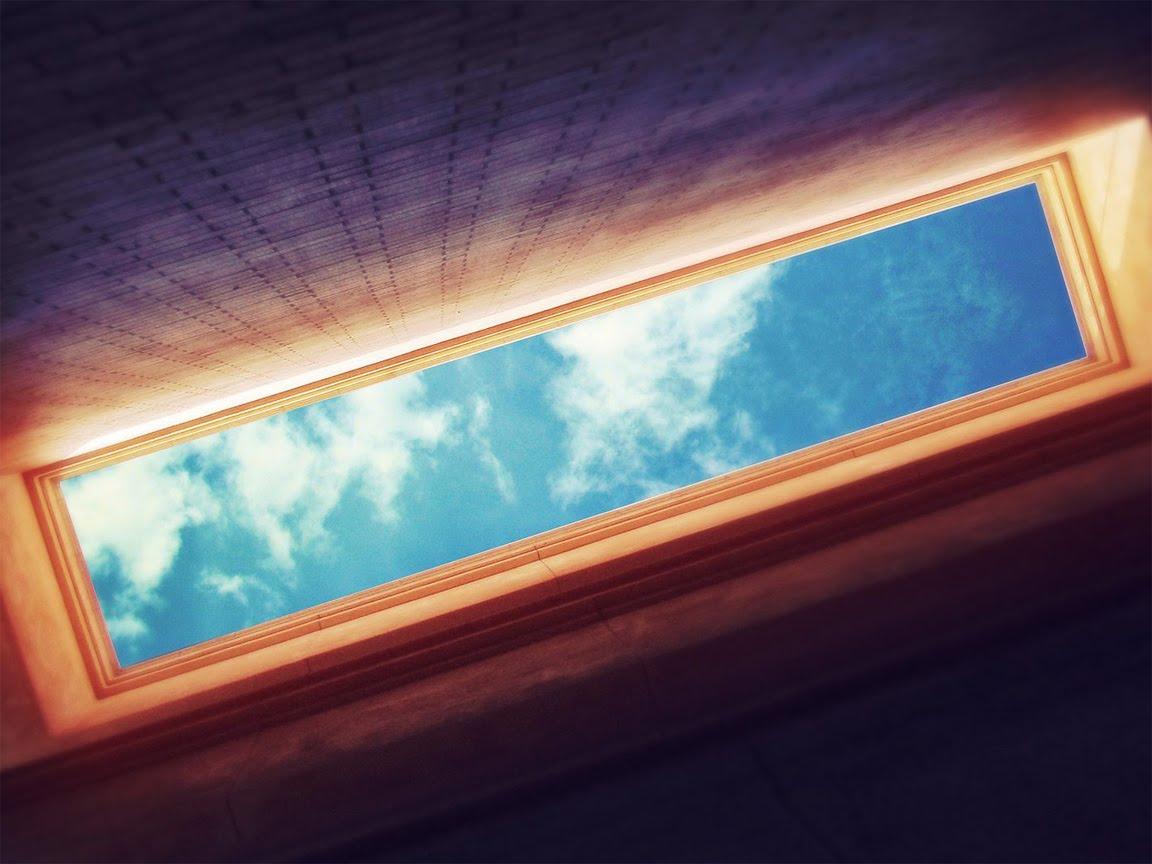 http://1.bp.blogspot.com/_DEB1t8q_om0/S7KmZSRjyFI/AAAAAAAAEMk/CnQ9P9kORbE/s1600/HD-widescreen-paography-desktop-wallpaper-background-blue-sky-abstract-1152x864.jpg