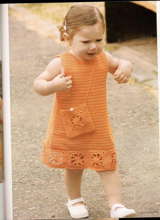 Vestido tejido a crochet para niña :