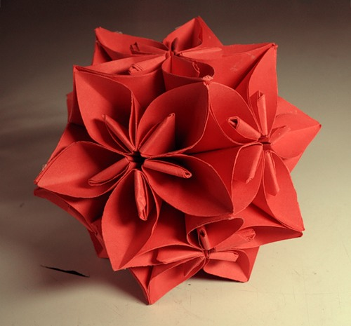 Origami paso a paso imagui for Adornos navidenos origami paso a paso
