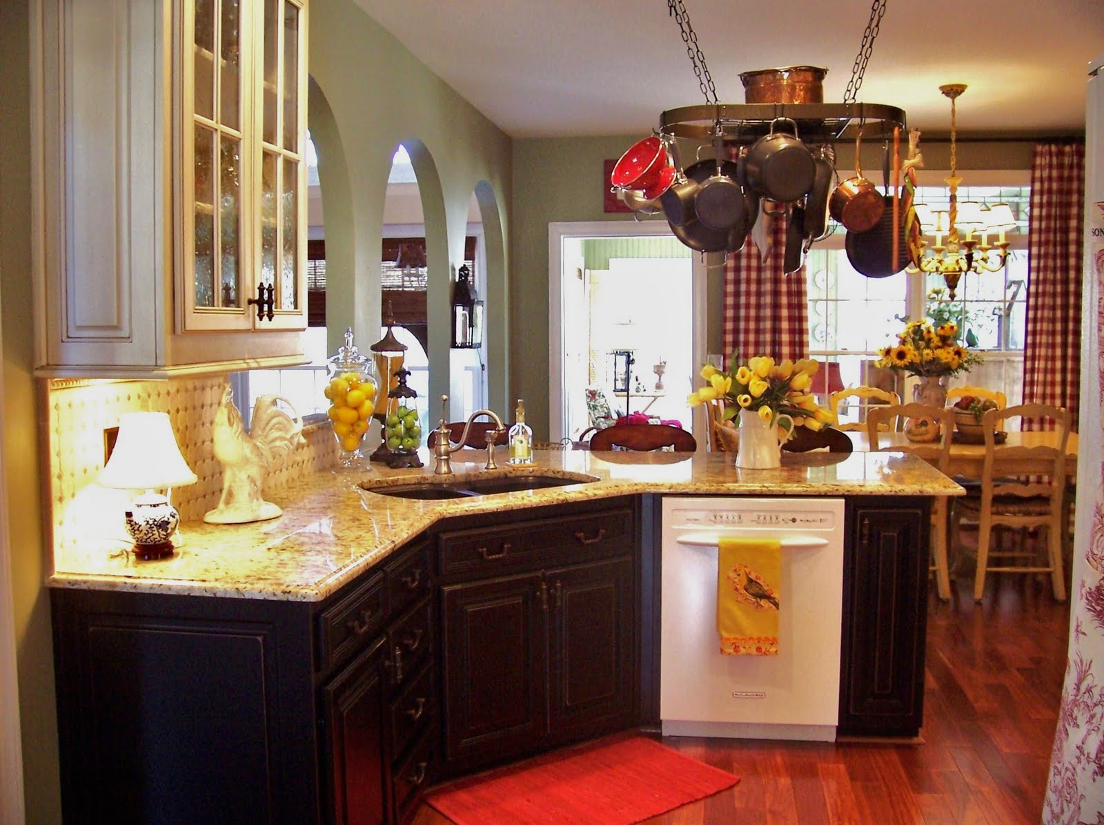 Creative decorating my kitchen inspiration for Southern style kitchen ideas