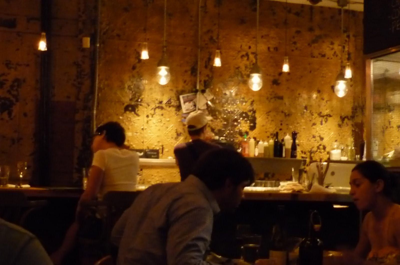 Miss papila table for Salle a manger montreal restaurant