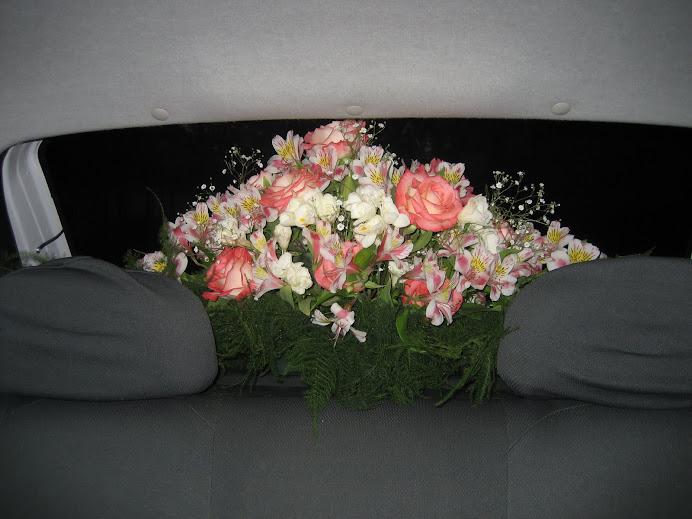 Arreglo Floral para auto de Novia/15