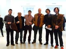 Dibujantes con el Coordinador del Programa de Recuperación y Conservación del Patrimonio Cultural L