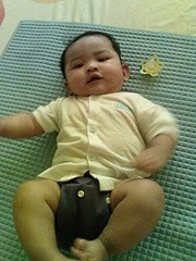 Nur Darwisya Damia 5 Months on 6/1/10 (7.2kg)